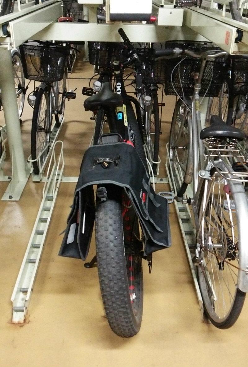 ファットバイク駐輪